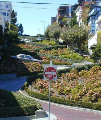 Lombard Crooked Street